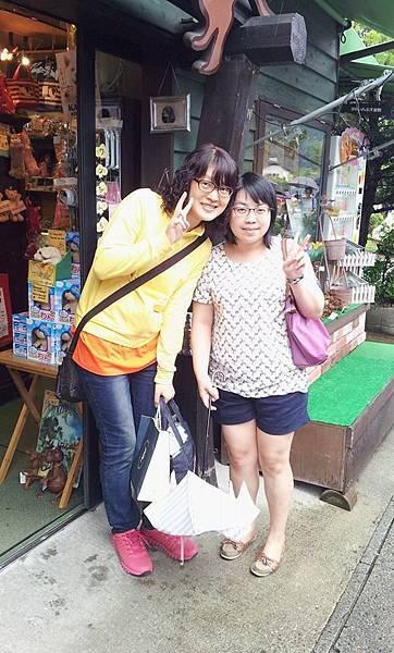 011-哈哈哈!太神奇了,在日本碰到許久不見的大學同學淑華,這是多奇妙的緣份啊!.jpg