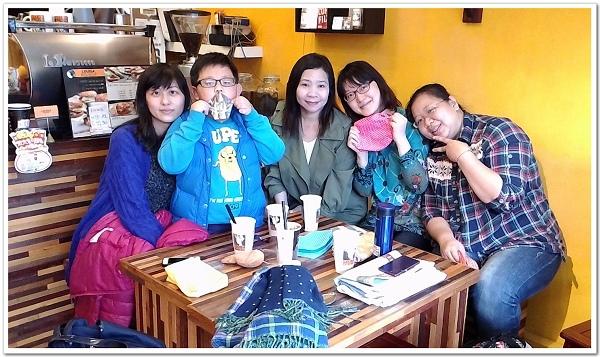 20150321_晉江吃完飯來喝咖啡,還有MAGGIE的手作包當禮物.jpg
