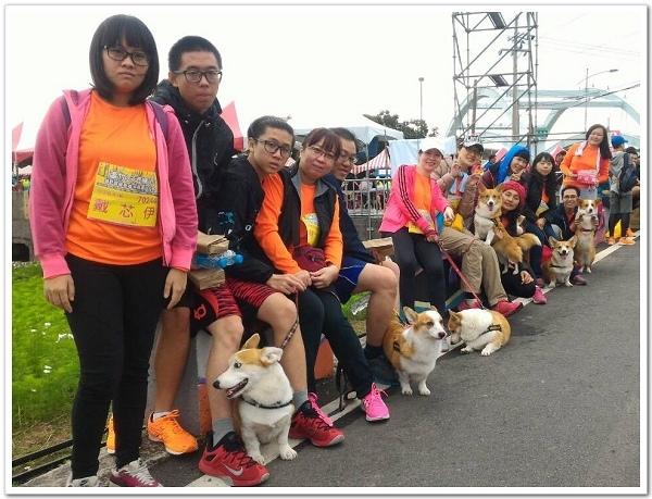 20151220-蘆竹五酒桶山馬拉松出動超多人啦!.jpg