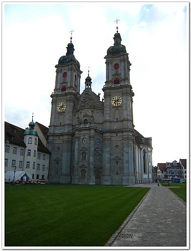 397-1983年被聯合國列入世界文化遺產的聖加倫大教堂.jpg