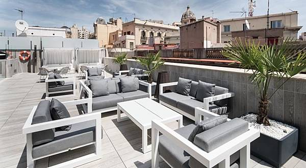 hotel-catalonia-magdalenes-barcelona_14775433334.jpg