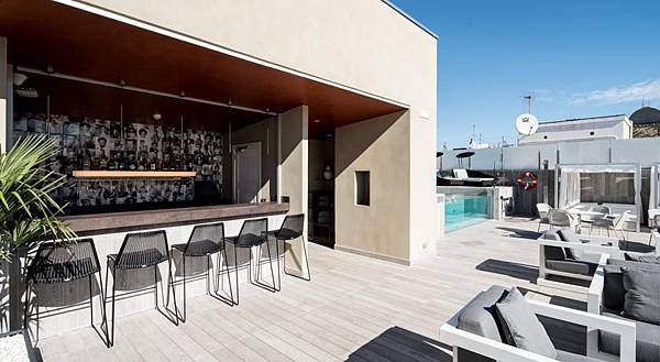 hotel-catalonia-magdalenes-barcelona_147754333433.jpg