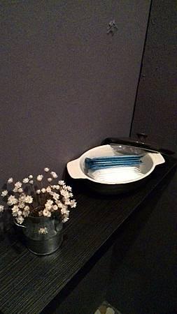 店內陳設-廁所3.jpg
