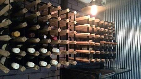 葡萄酒櫃.jpg