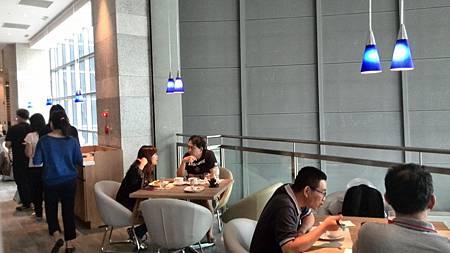 用餐區2.jpg