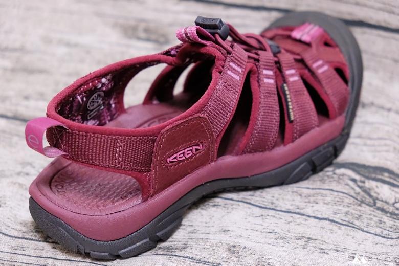 山女孩Melissa_keen_Newport Eco護趾涼鞋_心得分享MAOL7870.jpg