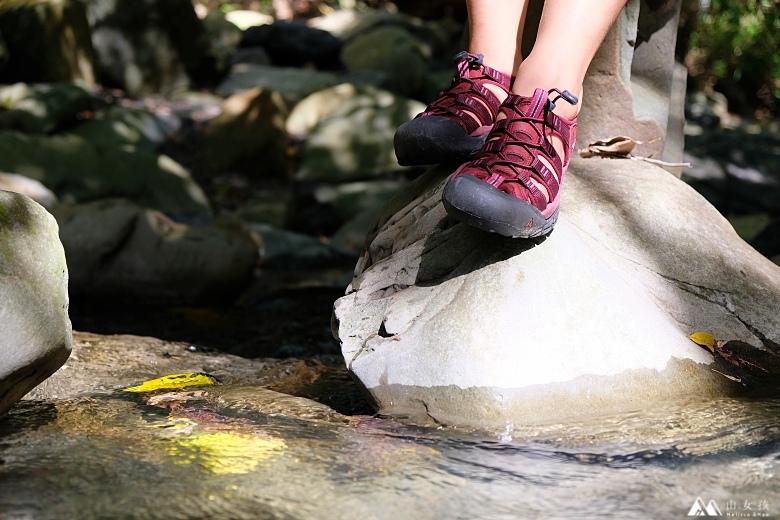 山女孩Melissa_keen_Newport Eco護趾涼鞋_心得分享MAOL7948.jpg