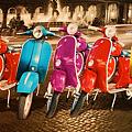 Rome-Vintage-Vespas-1024x651