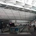 香港機場有夠大