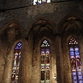 海上聖母教堂的彩繪玻璃