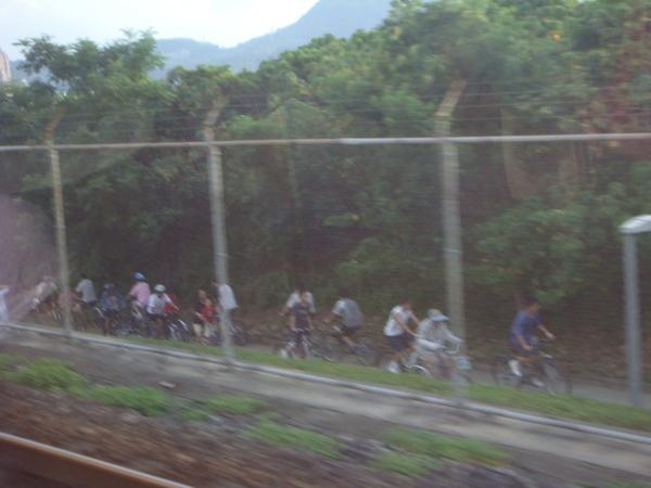 關渡的腳踏車勇士們