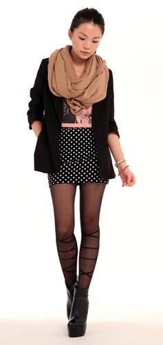 black-silence-noise-blazer-brown-taobao-scarf-black-tutuanna-stockings-p_400.jpg