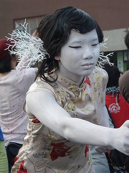 街頭藝人-真人雕像