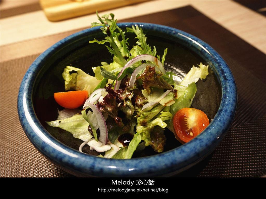 511Techno鐵克諾餐酒館 沙拉.jpg
