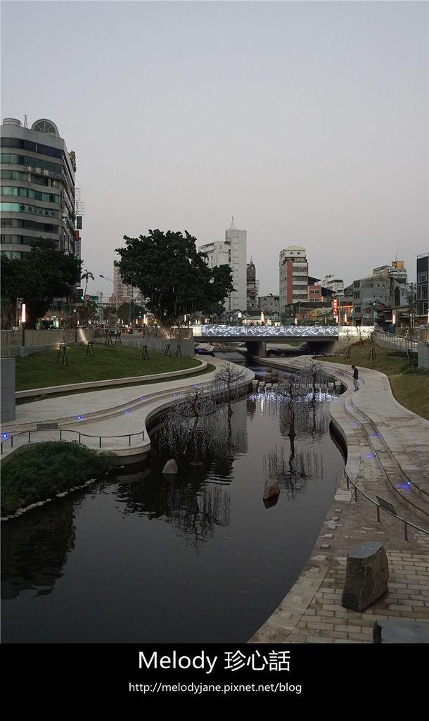 2312台中 柳川河岸親水空間.jpg
