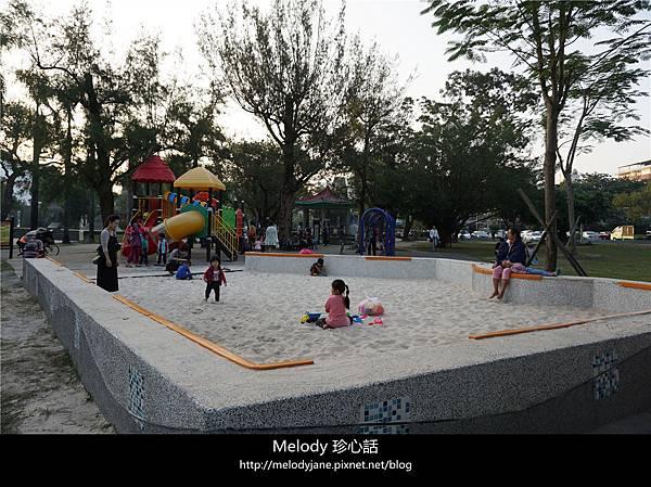 2234屏東公園 飛夢林青年咖啡.jpg