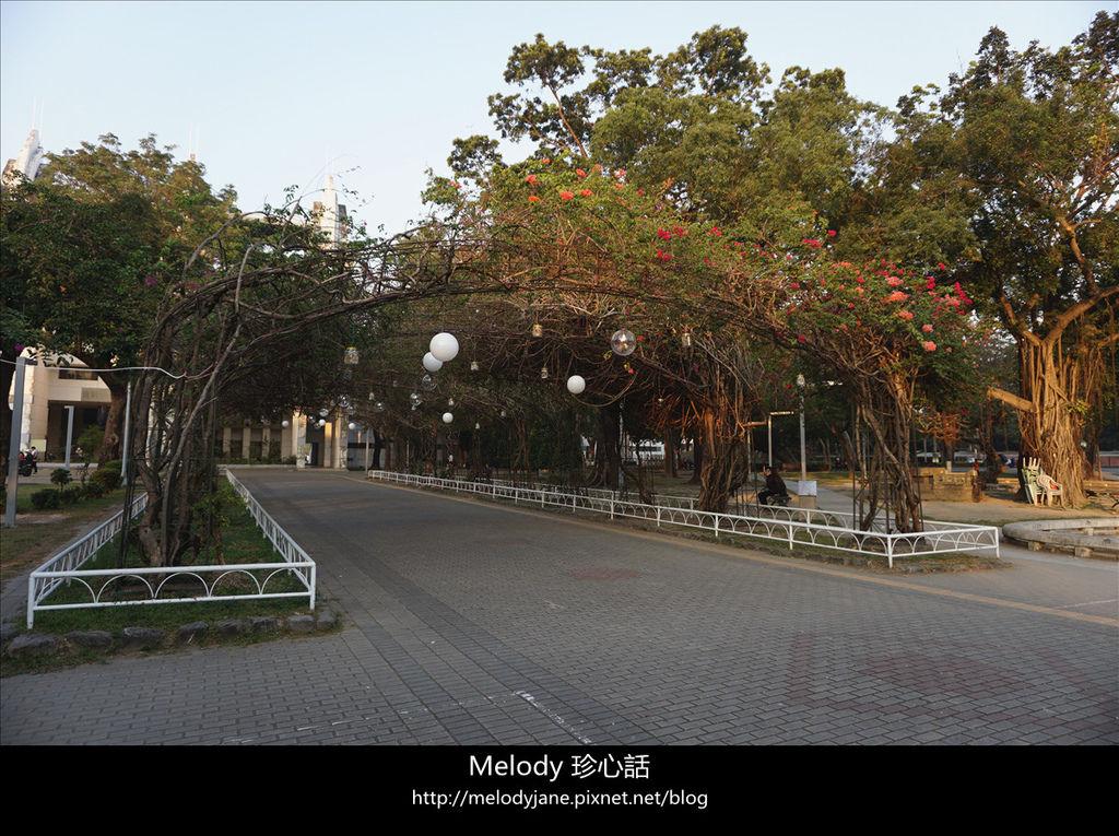 2233屏東公園 飛夢林青年咖啡.jpg
