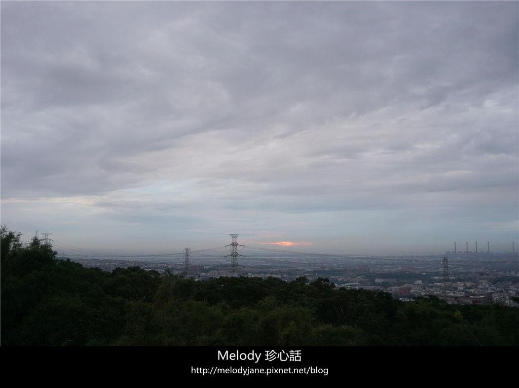 429台中夜景 MITAKA 3e CAFE.jpg