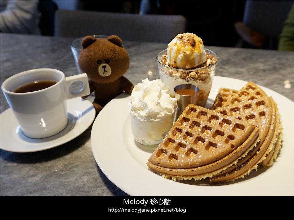 1222台中 双双咖啡 甜點.jpg