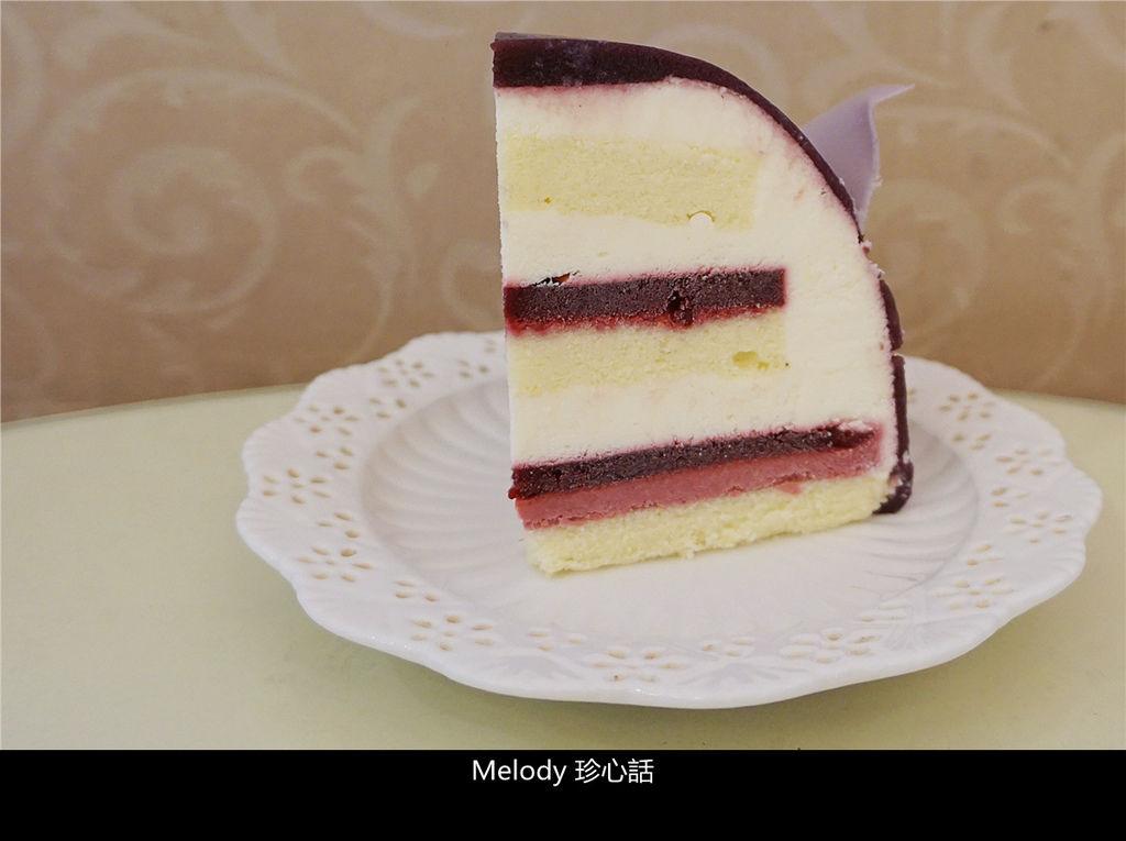 14 法布甜 法式玫瑰花蛋糕.jpg