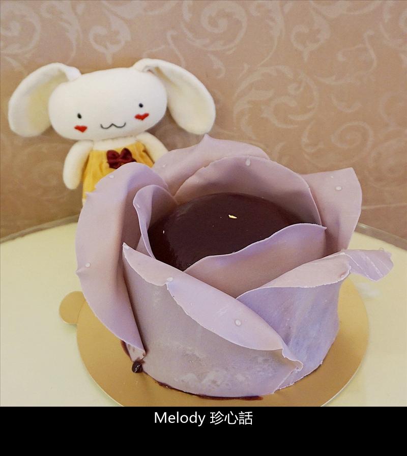 16 法布甜 紫羅蘭玫瑰花蛋糕.jpg