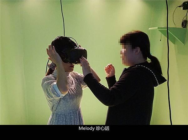 2516 VR眼鏡.jpg
