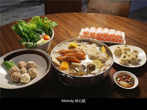 301 黃金張老甕東北酸菜鍋.jpg