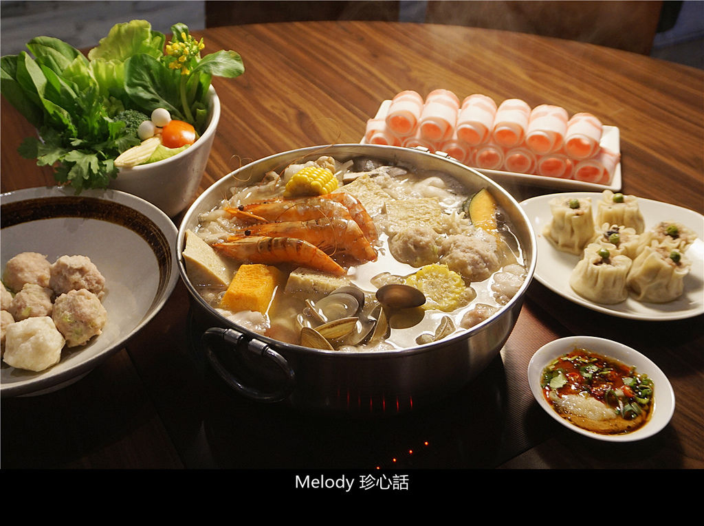 3015 台中酸菜白肉鍋.jpg