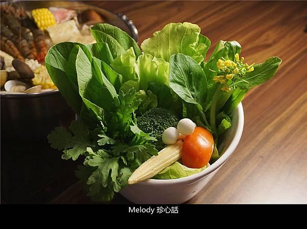3018 黃金張老甕東北酸菜鍋.jpg