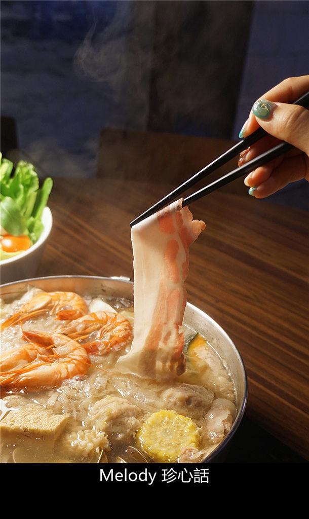 3020 酸菜白肉鍋.jpg