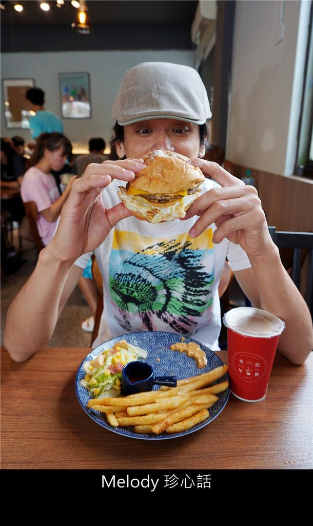 2012 雙層牛肉起司漢堡.jpg