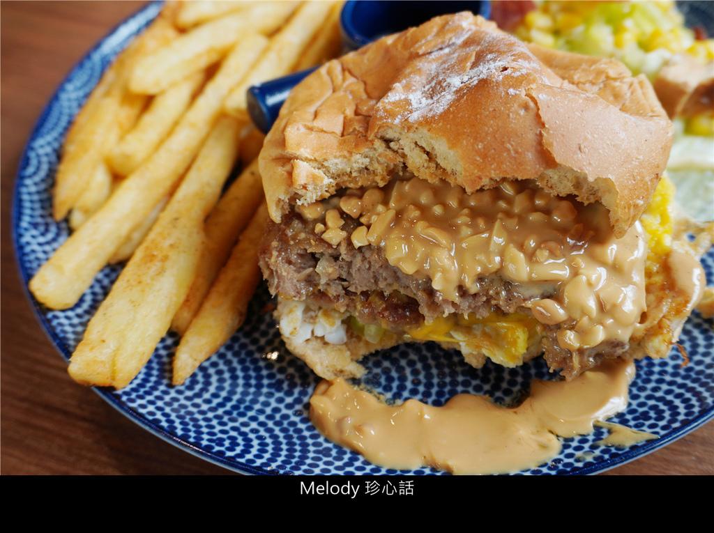 2011 雙層牛肉起司 薯條.jpg