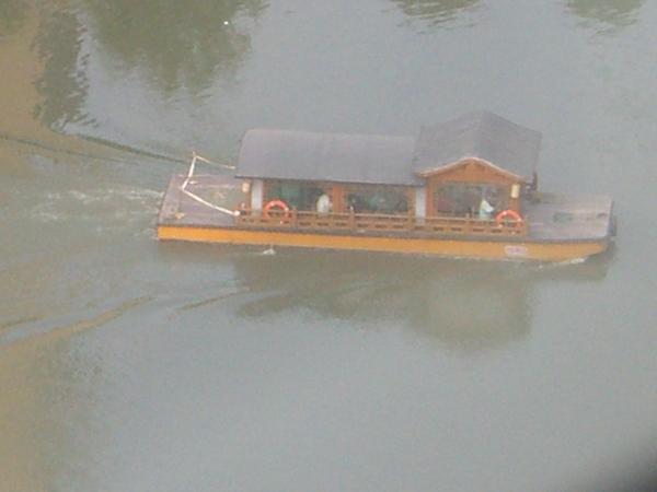 秦淮河上的船.jpg