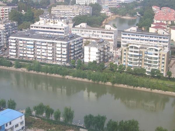 秦淮河畔的屋子.jpg