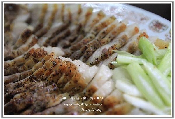 蒜苗黑胡椒鹹豬肉2.jpg