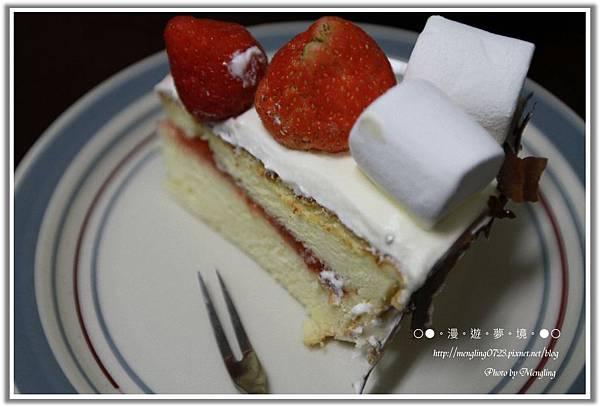 鮮奶油草莓蛋糕2.jpg