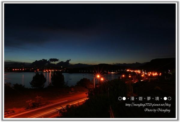 南灣夜景1.jpg