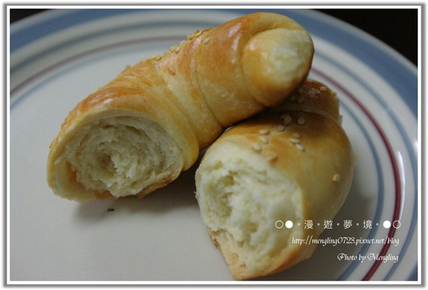 牛角麵包2.jpg