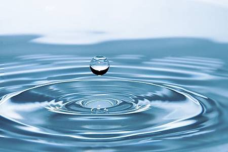 drops-of-water-578897_640