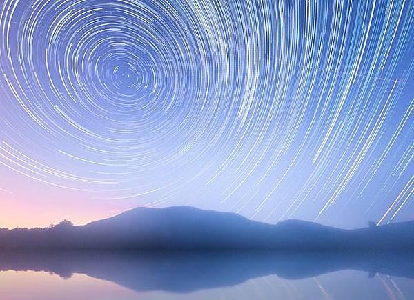 star-trails-894500_640