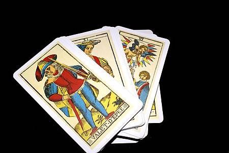 tarot-cards-793250_640