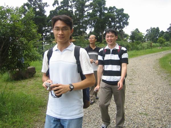 良志跟他朋友
