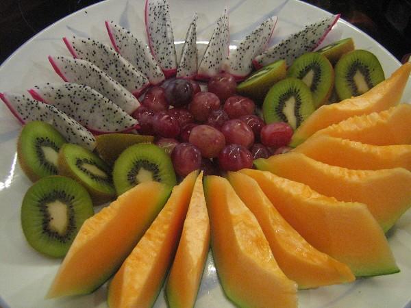 水果有哈密瓜耶 超有誠意