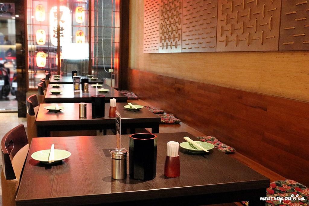 1546203417 4134284174 - 熱血採訪|良津日本料理,台中居酒屋平價串燒,生魚片燒烤鍋物選擇多,暢飲生啤清酒!