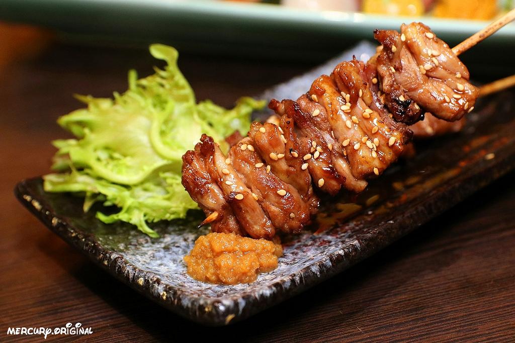 1546203441 3535785464 - 熱血採訪|良津日本料理,台中居酒屋平價串燒,生魚片燒烤鍋物選擇多,暢飲生啤清酒!