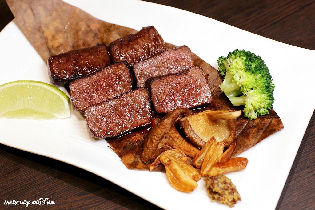 1546203443 4138471004 - 熱血採訪|良津日本料理,台中居酒屋平價串燒,生魚片燒烤鍋物選擇多,暢飲生啤清酒!