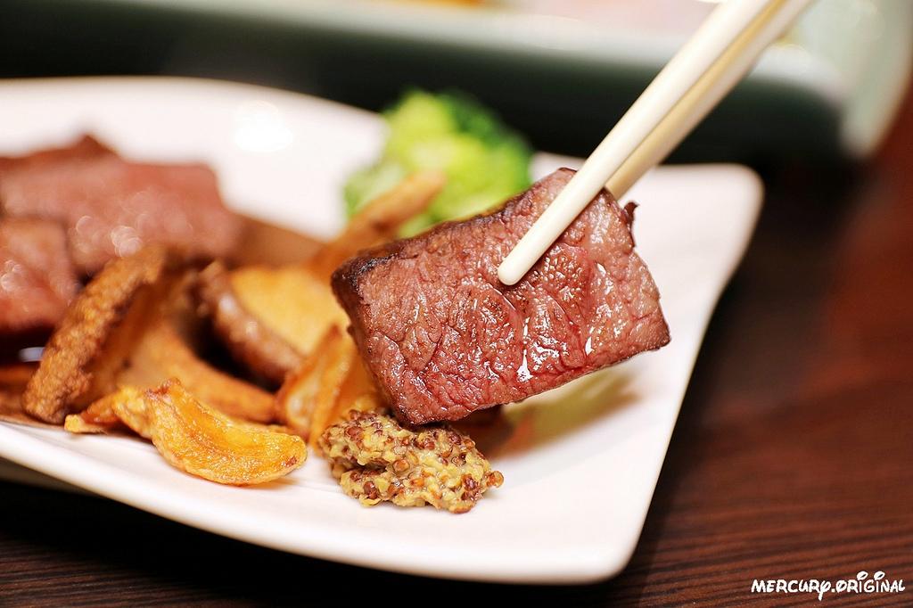 1546203445 1193126869 - 熱血採訪|良津日本料理,台中居酒屋平價串燒,生魚片燒烤鍋物選擇多,暢飲生啤清酒!