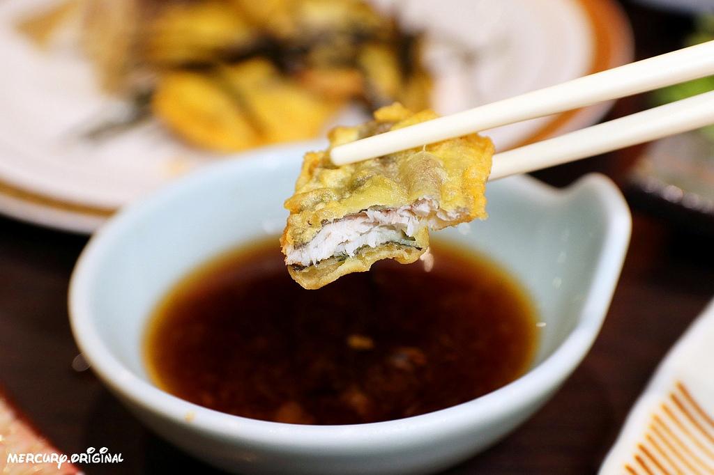 1546203464 3915388311 - 熱血採訪|良津日本料理,台中居酒屋平價串燒,生魚片燒烤鍋物選擇多,暢飲生啤清酒!