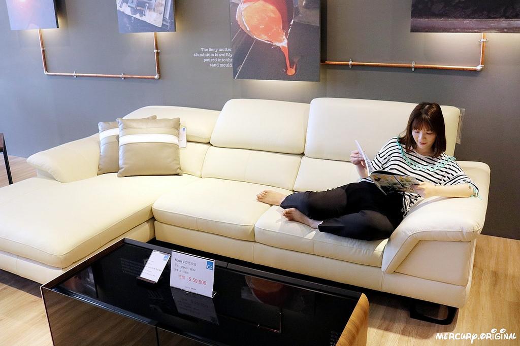 48沙發有深度可盤腿