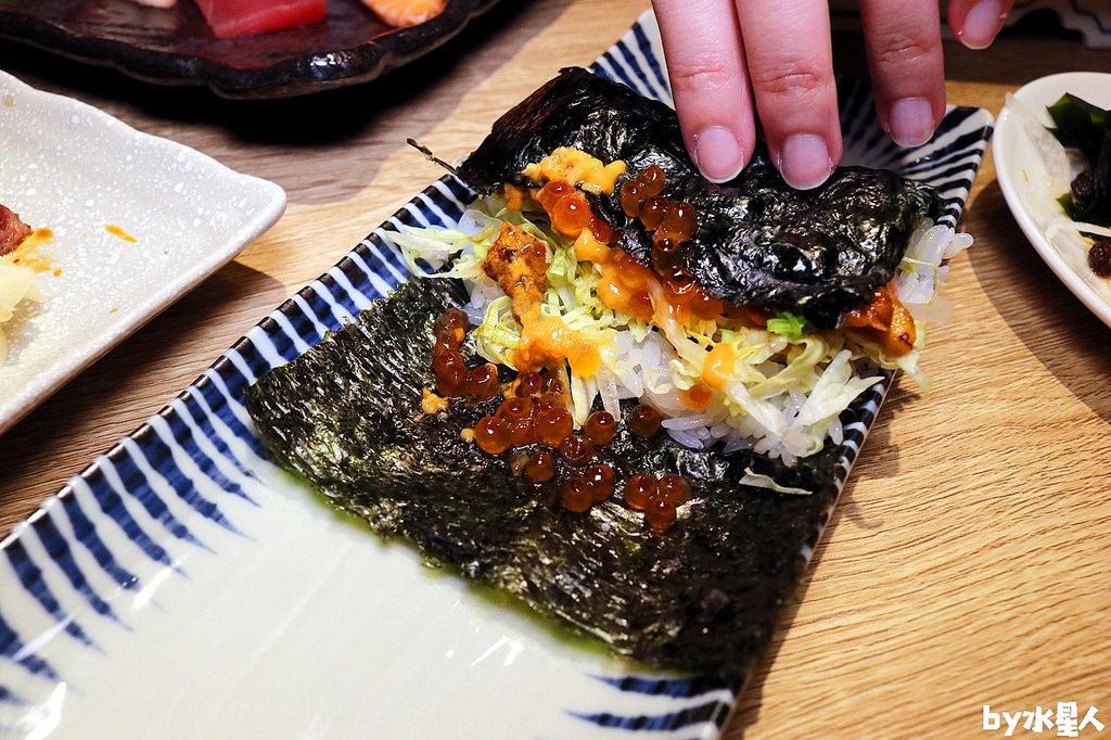 鮭魚海膽卷壽司